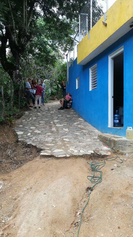 Angosto community center